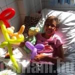 Kórházi látogatás egy tündéri kislánynál